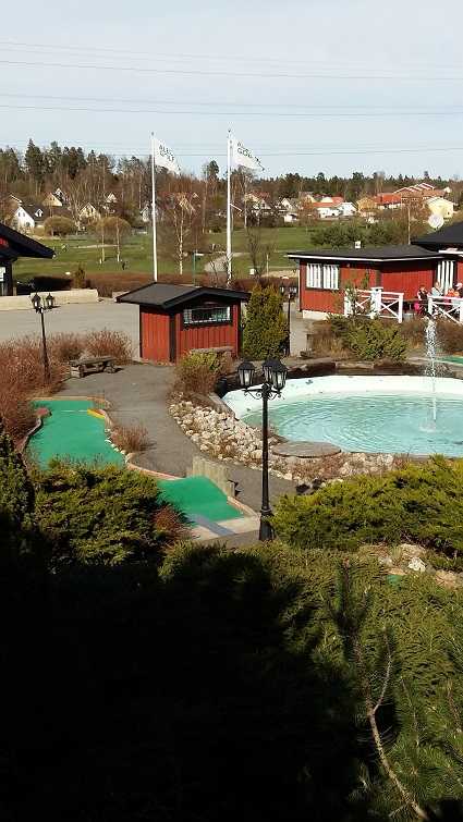 Minigolfen april 2015